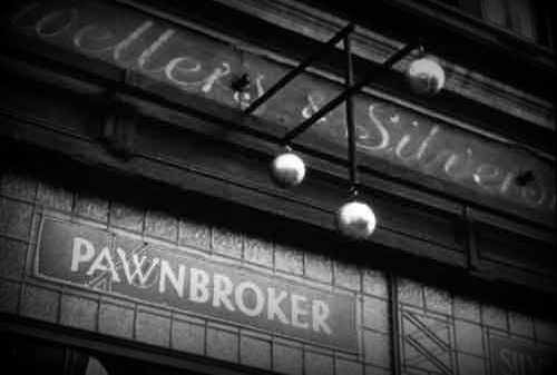 How a Pawnbroker Loan Could Get You Through the Month